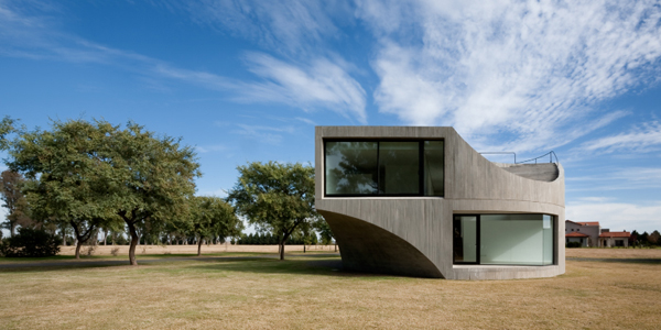 View House, Rosario, Argentina by Sharon Johnston and Mark Lee